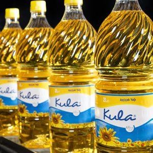تصدير زيت الزيتون وزيت الذرة لكافة دول العالم من خلال مصانع التصفية التابعة للأنوار
